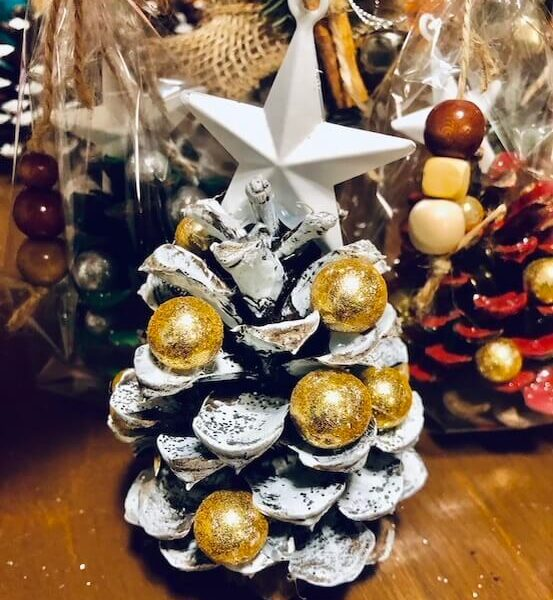 3 EASY Natural DIY Christmas Ornaments